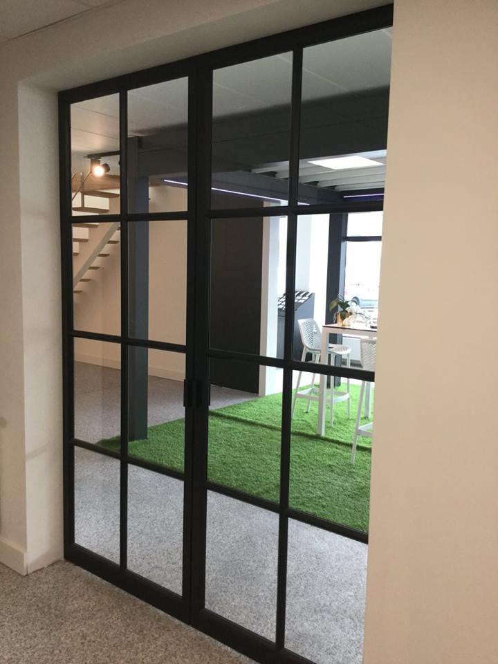 Steellook deur houten segmentdeur  Omnisolutions