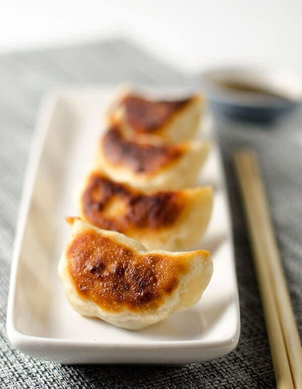 San Xian Potsticker with Pork, Shrimp and Shiitake Mushroom | omnivorescookbook.com