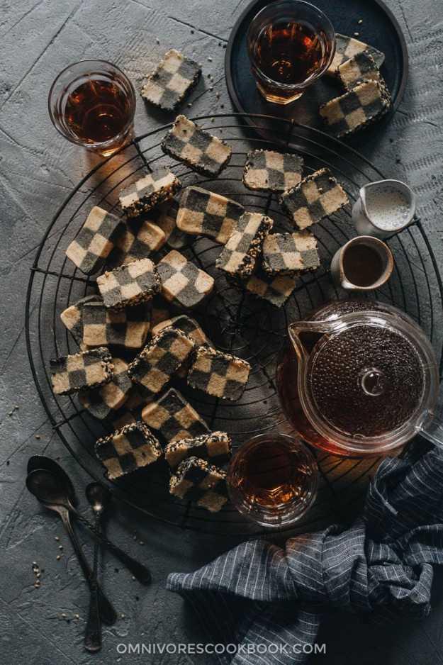 Homemade sesame checkerboard cookies