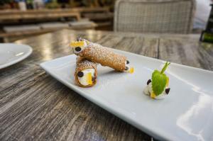 Oregano Dessert