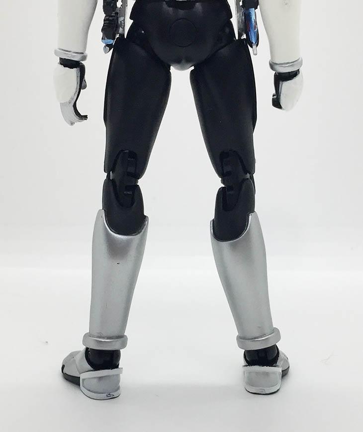 S.H.フィギュアーツ 仮面ライダー電王 ソードフォーム -20 Kamen Rider Kicks Ver.- おもちゃライダー
