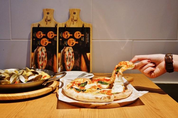 """【台北內湖美食】堤諾義式比薩 Tino's Pizza Café   內湖家樂福""""北中南聚餐""""義式披薩"""