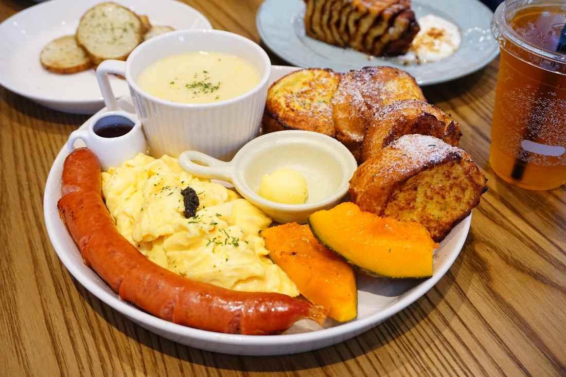 """【台北中山美食】CoppiiLumii冉冉生活    大份量早餐盤""""肉桂黑糖蝸牛捲"""