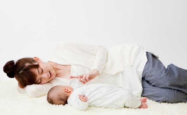 1歳女の子の赤ちゃん 身長や体重の目安は?成長と育児のポイントは? 2