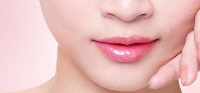 14-Beauty-Tips-For-Healthy-Pink-lips