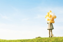woman-balloon-2