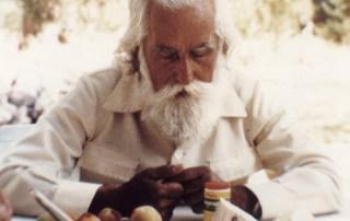 Omraam Mikhael Aivanhov practices the Yoga of Nutrition