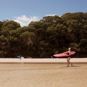 clarkes-beach-byron-bay-the-travelling-light