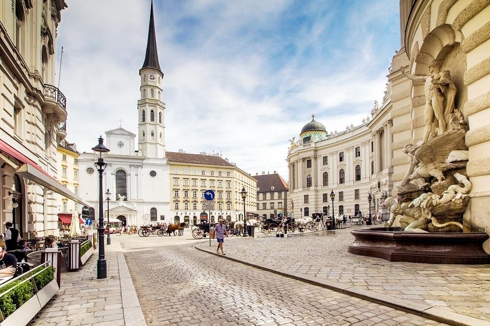 Roteiro de 2 dias em Viena - Testado e aprovado!   O mundo é pequeno para mim - Blog e dicas de Viagem