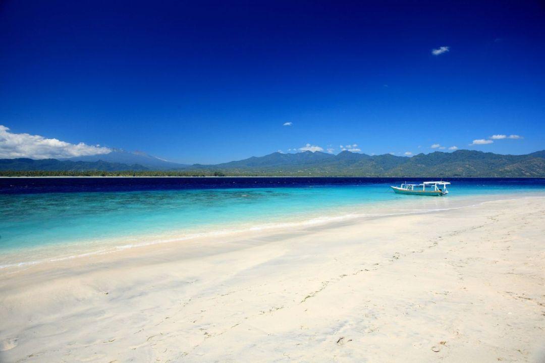 Playa-de-Gili-Air-paraíso