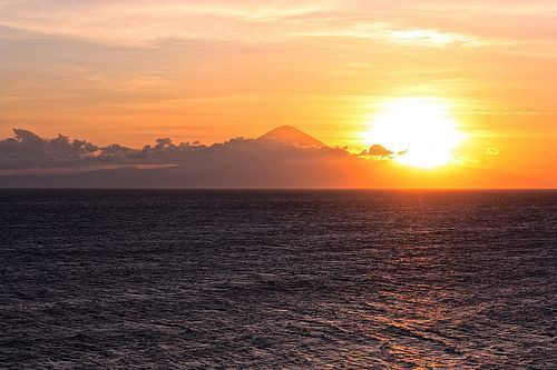 Volcán-Agung-de-Bali-desde-la-isla-de-Lombok