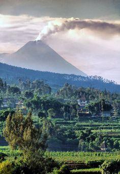 Volcán-Java