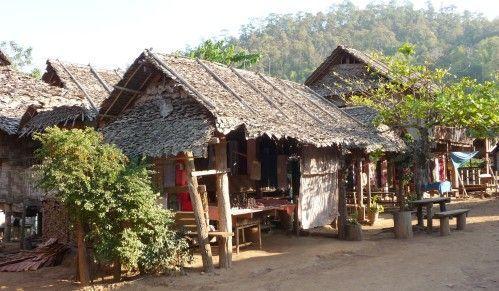 poblado-tribus-Tailandia
