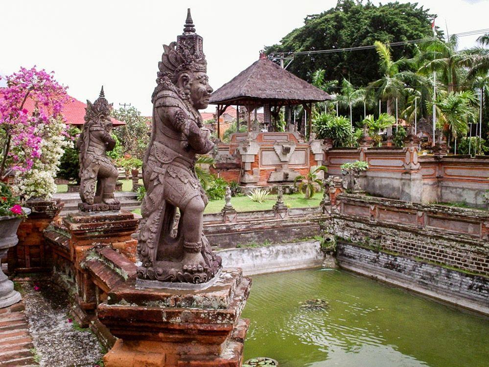 Palacio-Bali