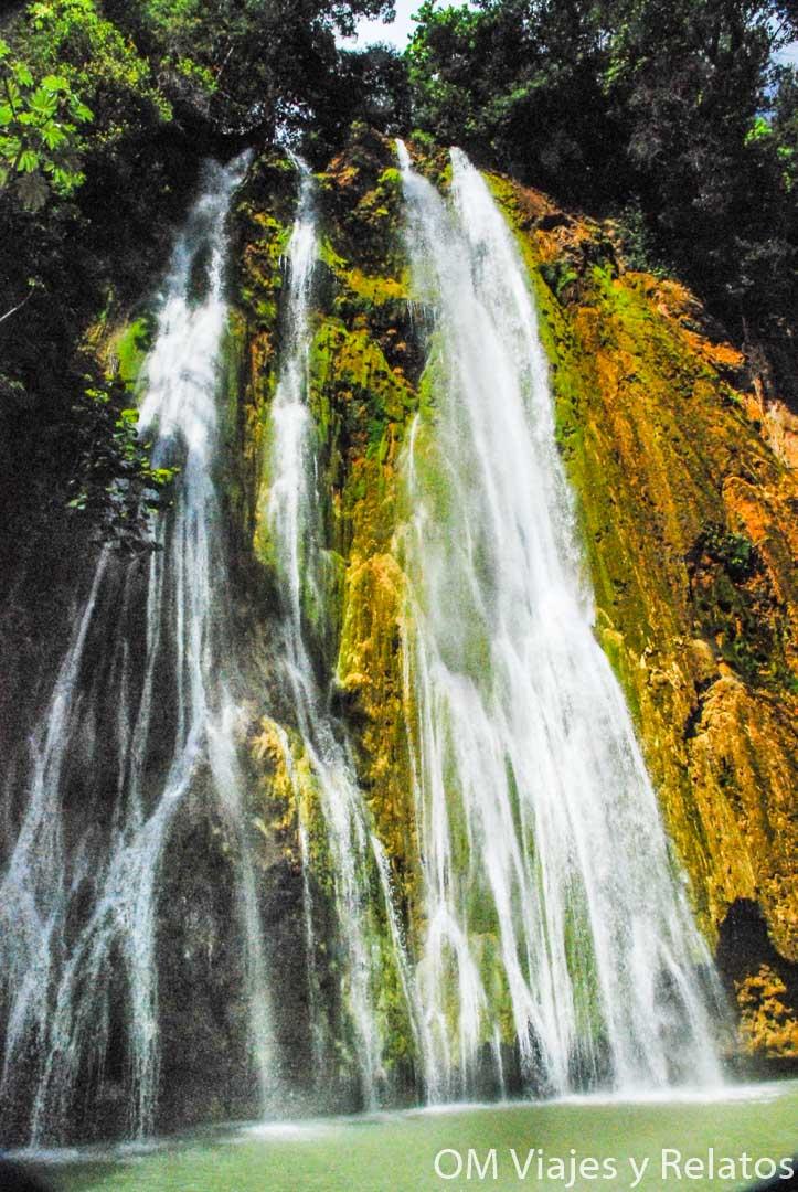 que-ver-en-República-Dominicana-cascadas