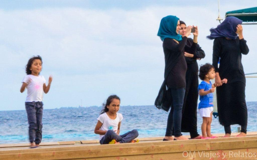 Maldivas-bikini-beach-religión-musulmana