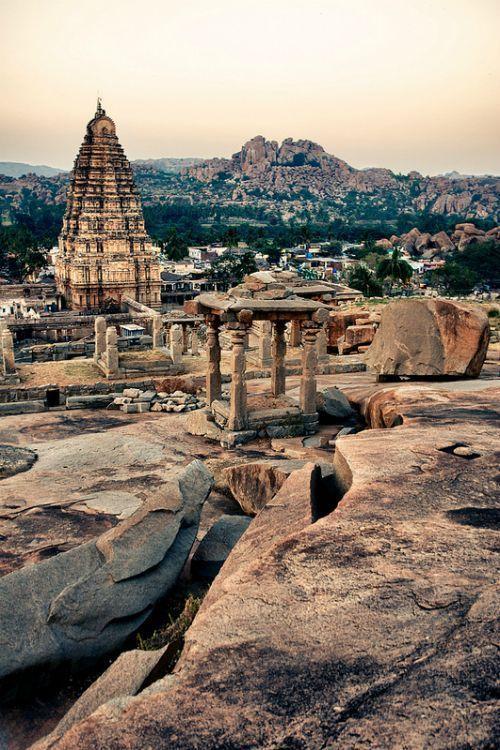 MONUMENTOS DE HAMPI INDIA
