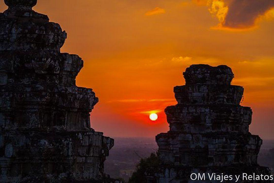 templos-Angkor-Phnom-Bakheng