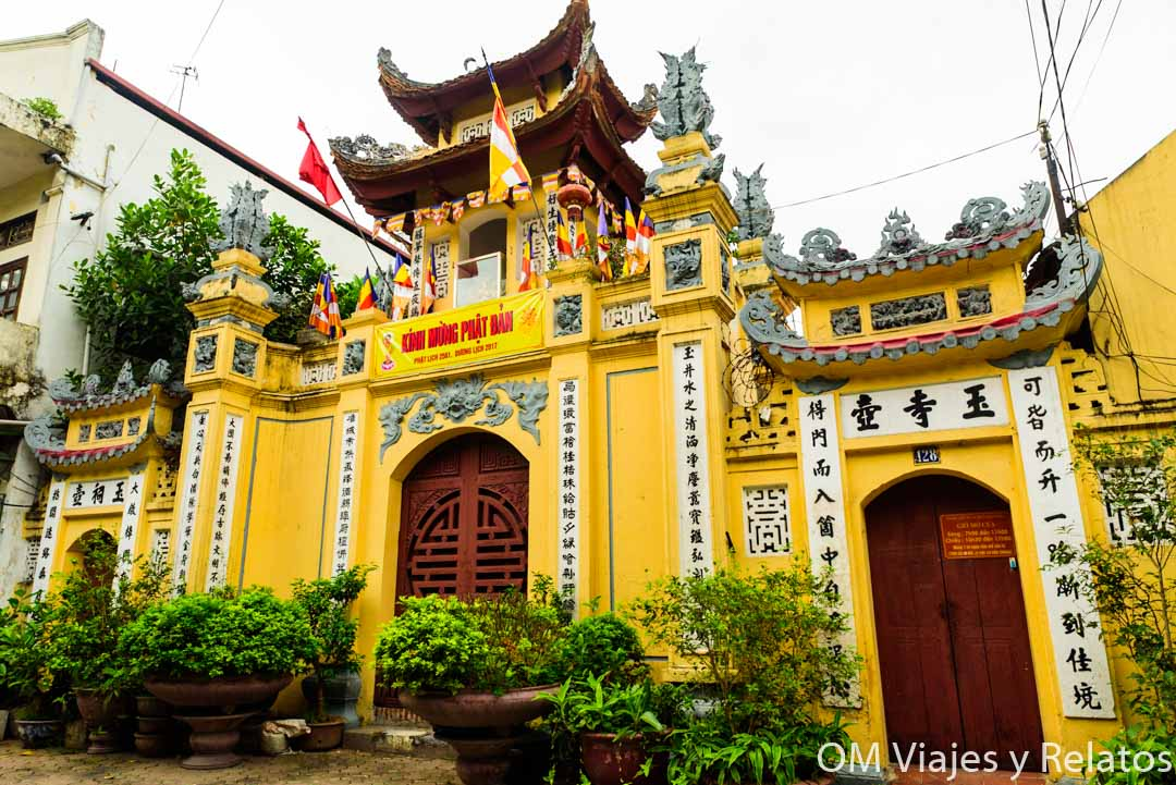 Pagoda Hanoi