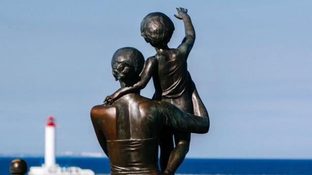 -Памятник-встреча-моряков.jpg