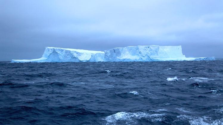 44_2_Southern-Ocean-1-Cropped.jpg