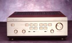 1989 saw yet another round of evolution in the Luxman L-570. Improvements included a non- resonant composite chassis base, a larger EI transformer, a 4-gang volume attenuator and PC-OCC wiring. Combined this forward thinking design was one of the most refined and later copied amplifiers in history.