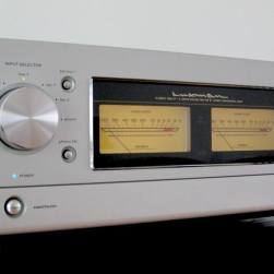 2007 Luxman again refined their 550 Series with the L-590A Mk II. Improvements included the input selector from the C1000F, Luxman's flagship pre-amplifier. The revised ODNF 2.2A offered lower distortion when attenuating volume and a significant lowering of the noise floor over 2005's L-590 A