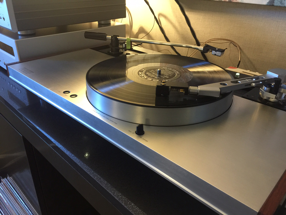 Luxman PD-444 vintage turntable