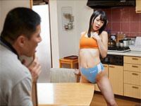 レーシングブルマ姿で媚薬発情した娘がブルマを履いたまま角オナニーで性欲を爆発させる素晴らしい作品が登場!
