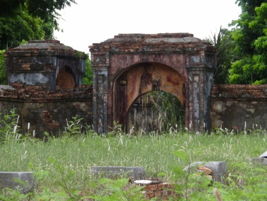 Ruined building in Hue Citadel