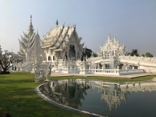 Chiang Rai temples, The Weird, Colored Temples of Chiang Rai