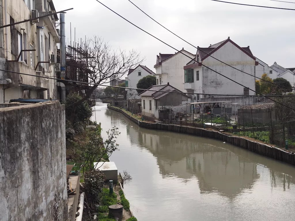 You can't drink the water in China - onaroadtonowhere.com