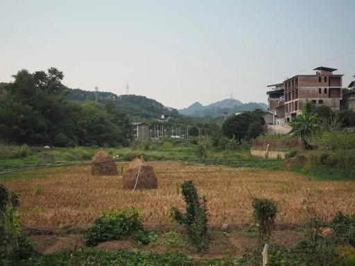 Village life Yangshuo, China - onaroadtonowhere.com