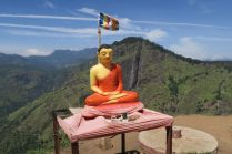 Bouddha en haut du Little Adam's Peak