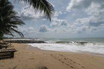 Le beau temps est revenu ! Les nuages restent présents, tout comme les vagues