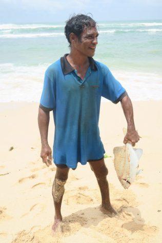 Notre pêcheur avec sa belle prise