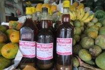 Kitul : sève du palmier kitul qui fait penser au sirop d'érable