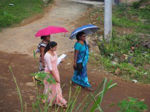 Femmes en saris