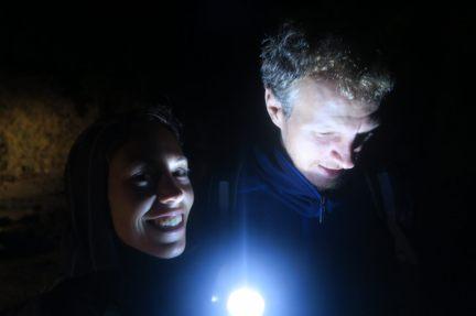 Elise et Julien au pied du Mont Batur. Il est 4h15