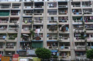 Un immeuble d'habitation à Yangon