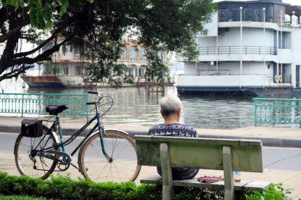 Repos au bord du lac