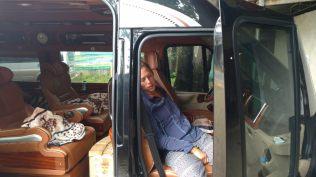 Elise dans le bus vers Hanoï...