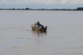 Des pêcheurs sur le fleuve Irrawaddy