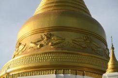 Décor sur une stupa à Inwa