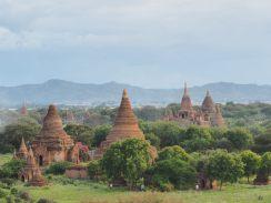 La plaine de Bagan et ses pagodes