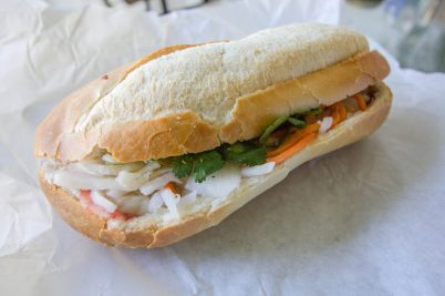"Un sandwich ""Banh Mi"", par sstrieu (https://www.flickr.com/photos/sstrieu/)"