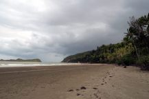 A notre arrivée au Cape Hillsborough en fin de journée, le ciel est couvert...