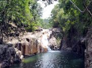 Chutes d'eau le long des gorges de Finch Hatton