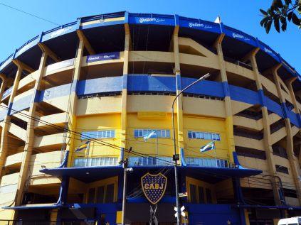 """L'entrée du stade de La Bombonera (en français """"la boîte de chocolats"""")"""