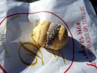 Récompense de cette superbe journée, des partisserise de Don Luis ! Ici nous avons un mini Afajores (deux biscuits et au milieu du Dulce de Leche)... miam !